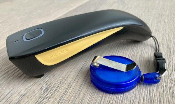 """Produktbild:Barcode-Scanner Material:Scanner Größe:Small Kopfzeile:""""ohne"""" Barcode:ohne Stellenanzahl:ohne Ausführung:1 Etikett pro Nummer Etiketten je Rolle:1"""